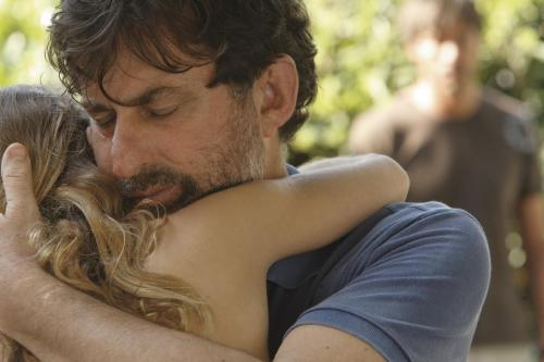 Quiet Chaos - Nanni Moretti's father comforts his daughter (Blu Yoshimi)