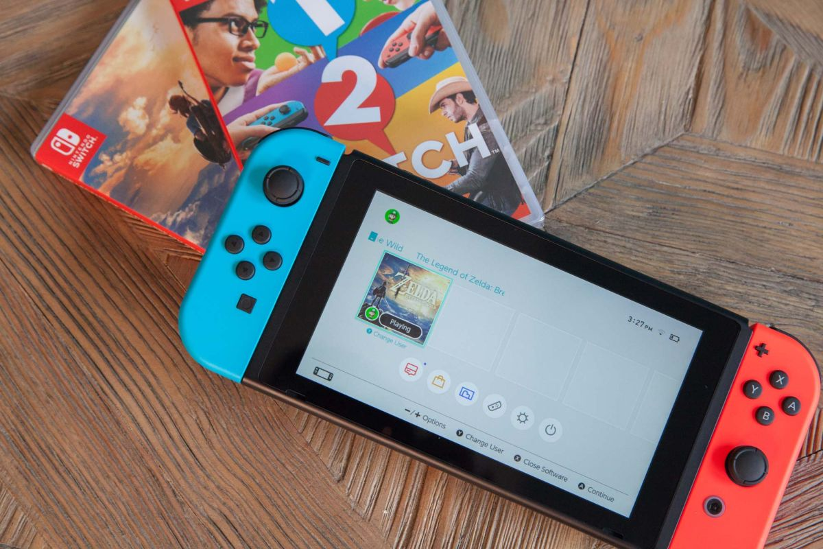 New Nintendo Switch Gets $25 Price Cut Ahead of Black Friday