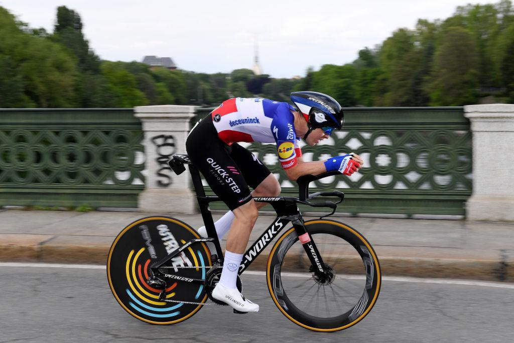 Remi Cavagna (Deceuninck-QuickStep) at speed