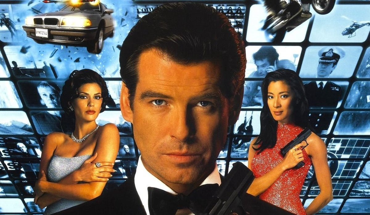 Tomorrow Never Dies Pierce Brosnan flanked by Teri Hatcher and Michelle Yeoh