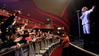 Whitesnake live at Manchester Apollo