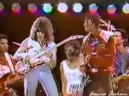 Eddie Van Halen And Michael Jackson Perform Beat It Live In 1984 Video Guitar World