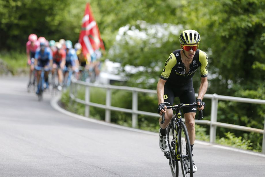 Simon Yates growing in confidence at Giro d'Italia after mystery struggles