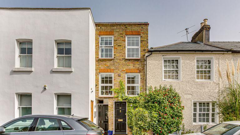 Thin London house