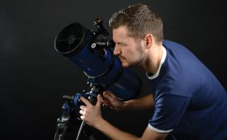 Observing through beginner telescope