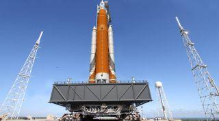 SLS/Orion mission, em-1