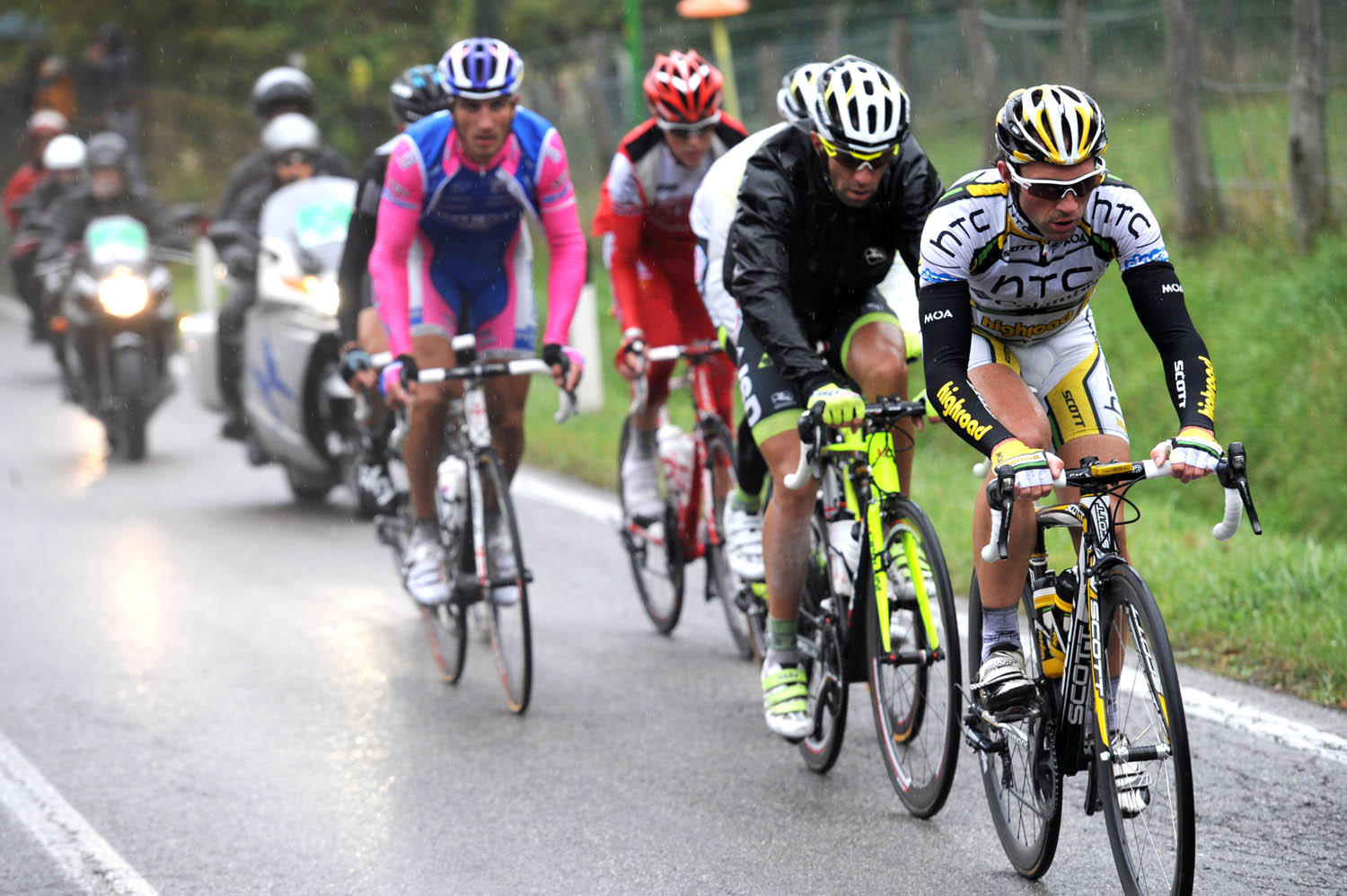 Michael Albasini in escape, Tour of Lombardy 2010