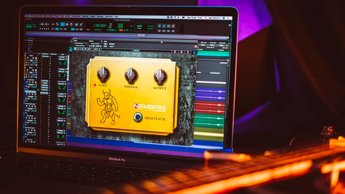 Clon Minotaur is a free VST plugin that models a classic guitar overdrive pedal