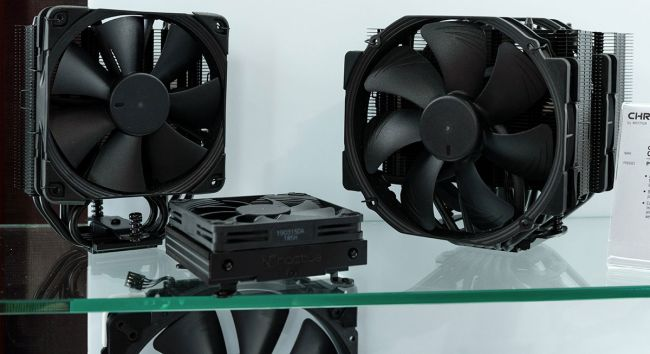 Mickey: All black (not the rugby team) Noctua Coolers [IMG]