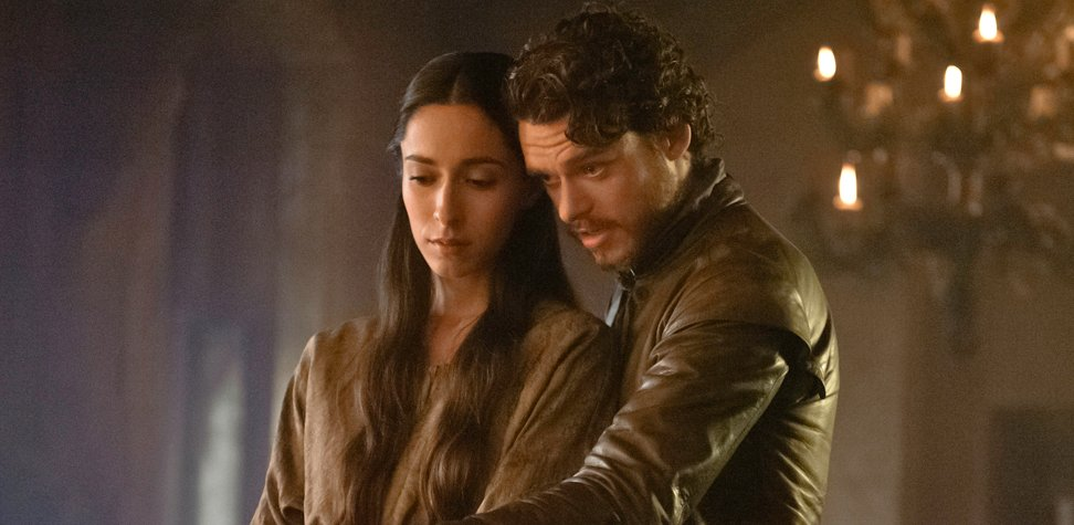 Oona Chaplin as Talisa and Richard Madden as Robb Stark on HBO's Game Of Thrones