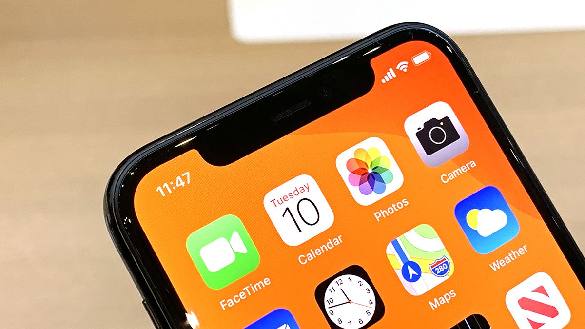 Apple changes official stance, now says it's fine to disinfect your iPhone