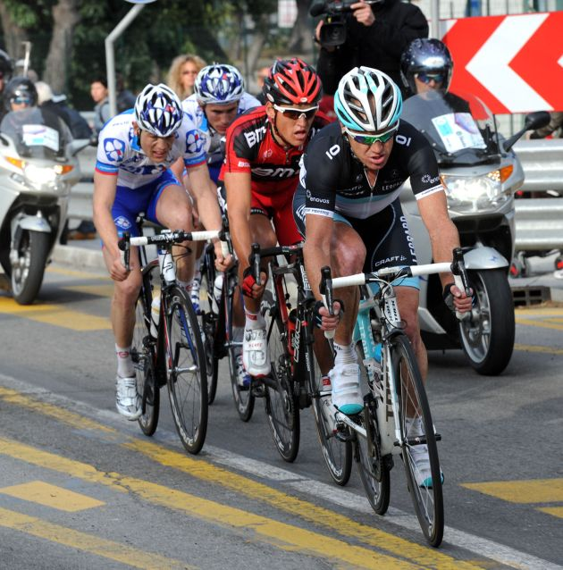 Stuart O'Grady in escape group, Milan-San Remo 2011