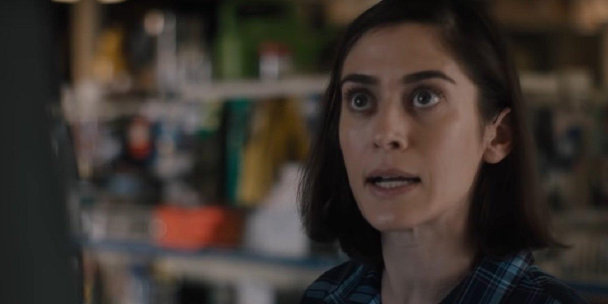 Lizzy Caplan in Castle Rock Season 2