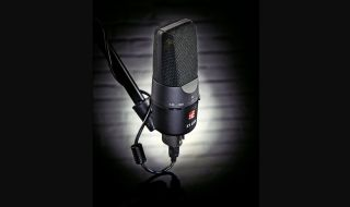 The X1 USB is a solid mic that feels like it will withstand a rough laptop bag kinda life