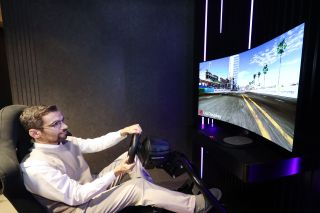 LG's new bendable gaming monitor concept