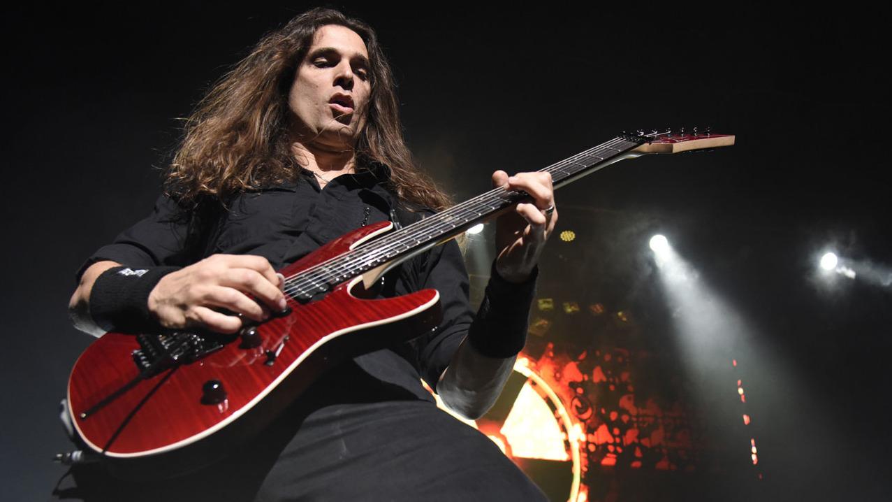 Megadeth guitarist Kiko Loureiro didn t play during audition  174d1c62a4a