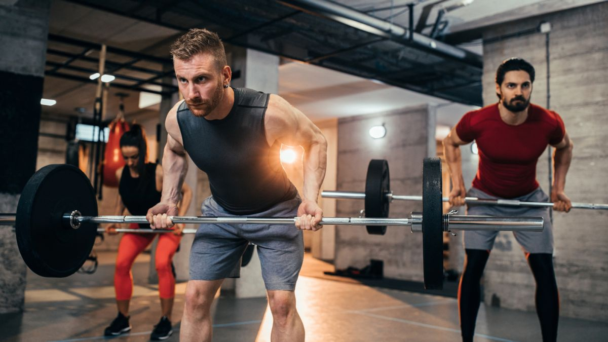 How to do barbell rows the right way: why bent over rows are great to build big back and strong arms