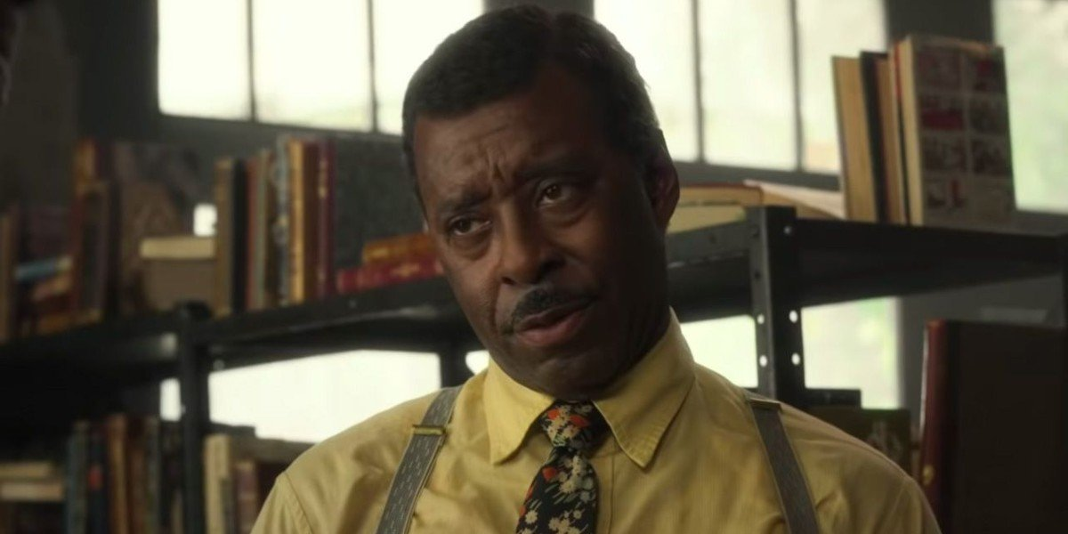 George Freeman (Courtney B. Vance) looks unimpressed in Lovecraft Country (2020)