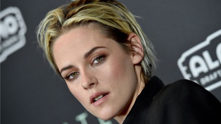 Lesbian Christmas Movie: Kristen Stewart