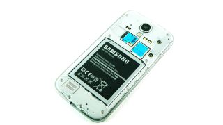 Samsung set to super charge Galaxy S5 battery