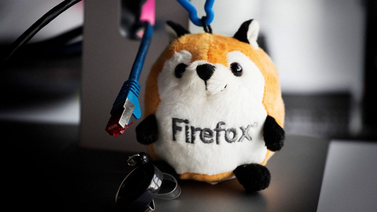 Firefox will soon be able to translate web pages live (and no, it won't use Google)