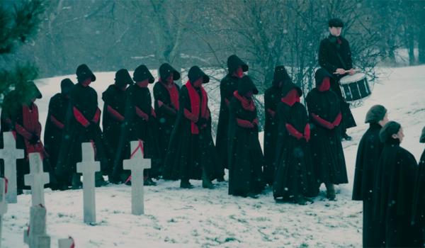 the handmaids tale handmaid funeral season 2
