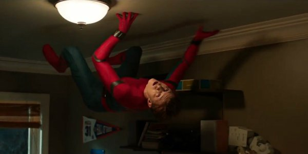 Spider-Man Homecoming ceiling crawl