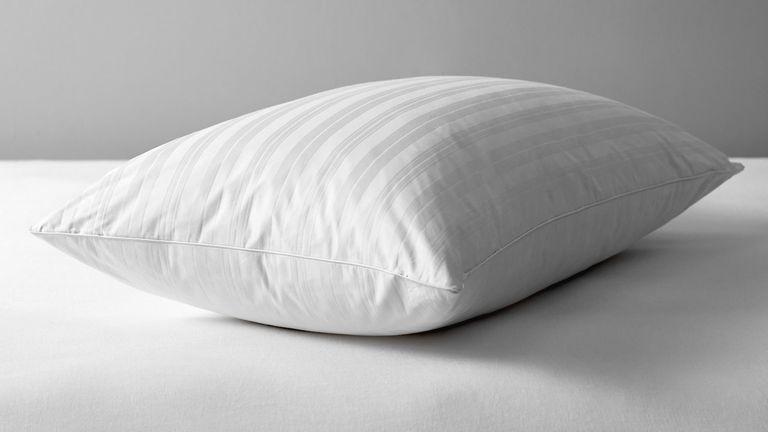 best pillows that dont go flat
