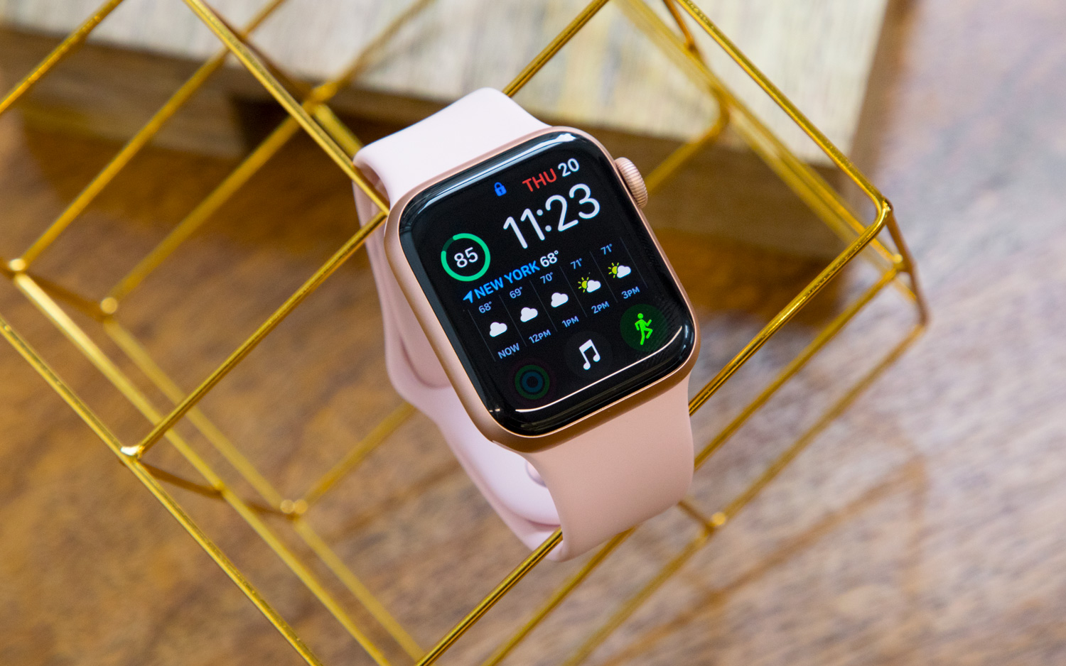 Apple Watch Series 4 Review: Life