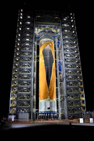 Kablam! Watch NASA Crush a SLS Megarocket Fuel Tank Until It Explodes (Video)