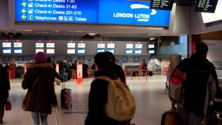 Signagelive enhances the passenger experience at London Luton Airport