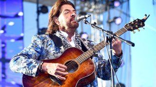 Alan Parsons performs live