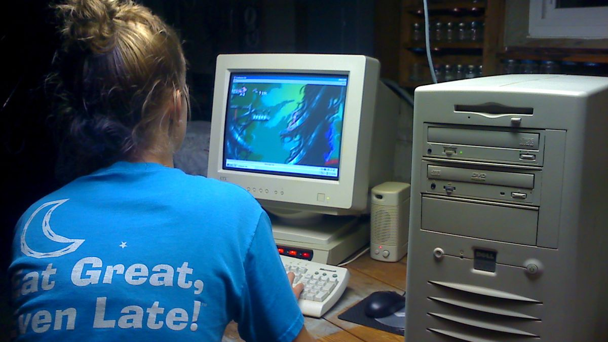 Windows 98 is 20 years old today: but is it an OS worth ...