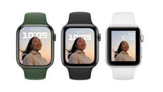 Three Apple Watch devices on watchOS 8