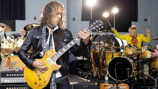 Kirk Hammett with Greeny