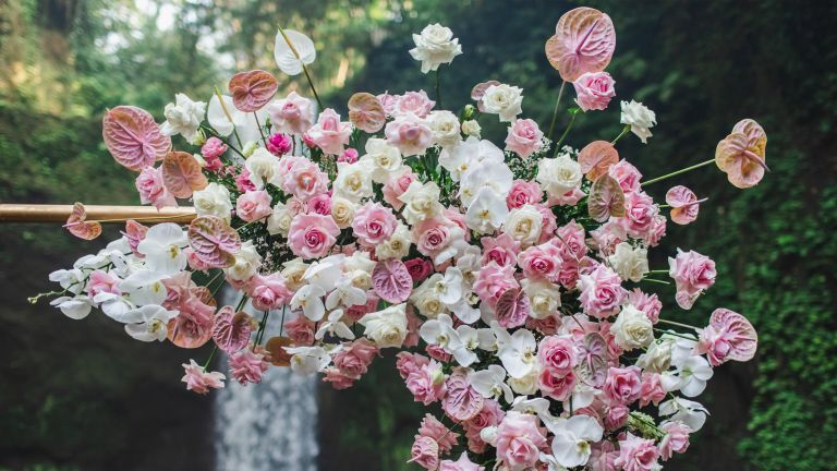 flower wall ideas pink archway