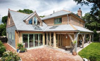 Thanks to the team at Roderick James Architects, a previously dated property has been transformed by the addition of a two-story extension and single-storey veranda