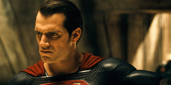 Why Superman Looks So Angry In This Dawn Of Justice Behind-The-Scenes Photo - CINEMABLEND