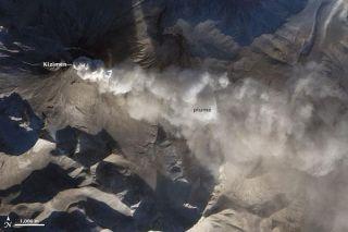 volcano-kizimen-110107-02