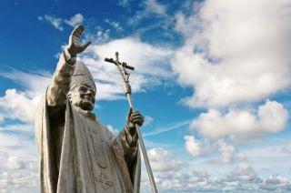 pope-statue