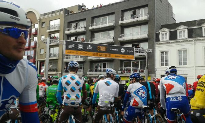 The riders line up for Gent-Wevelgem