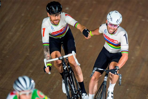 Sir Bradley Wiggins and Mark Cavendish in the Madison at the 2016 London Six Day