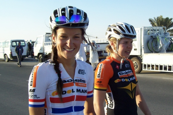 Lizzie Armitstead (Boels-Dolmans) finished second at the Ladies Tour of Qatar, stage three