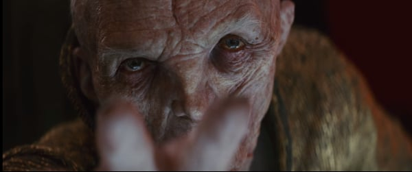 Star Wars: The Last Jedi Snoke reaches out