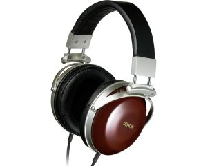 Denon AH D7000 headphones