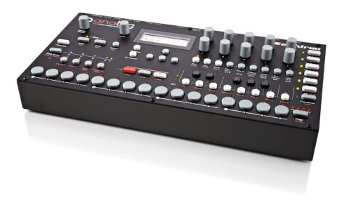 Elektron gear always has a very utilitarian feel to it and that is continued here