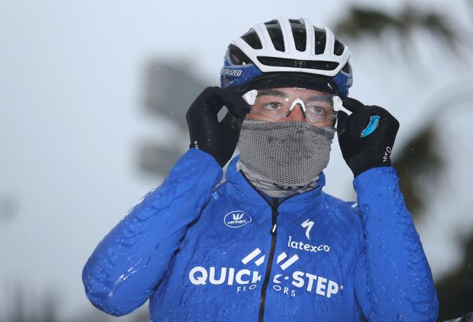 Elia Viviani is ready for the weather during stage 8 at Paris-Nice