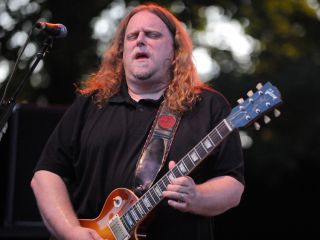 Haynes and Gov t Mule triumph on By A Thread