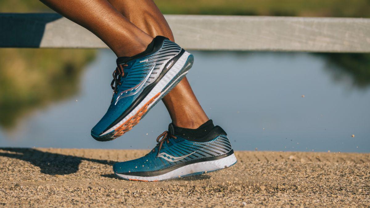 mizuno womens running shoes size 8.5 in usa long