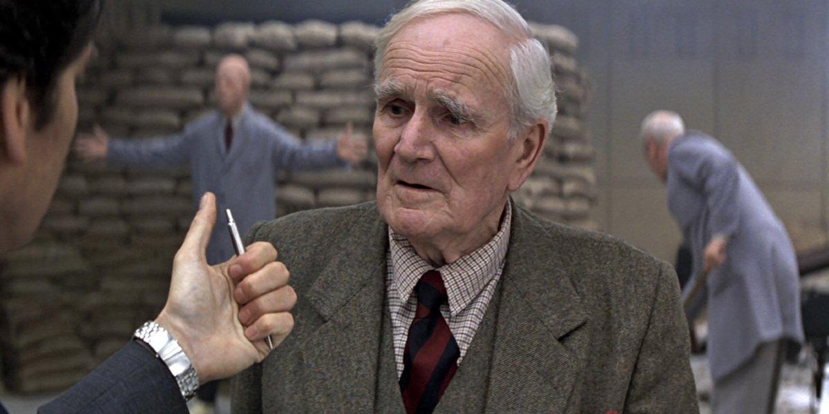 Desmond Llewelyn in Goldeneye